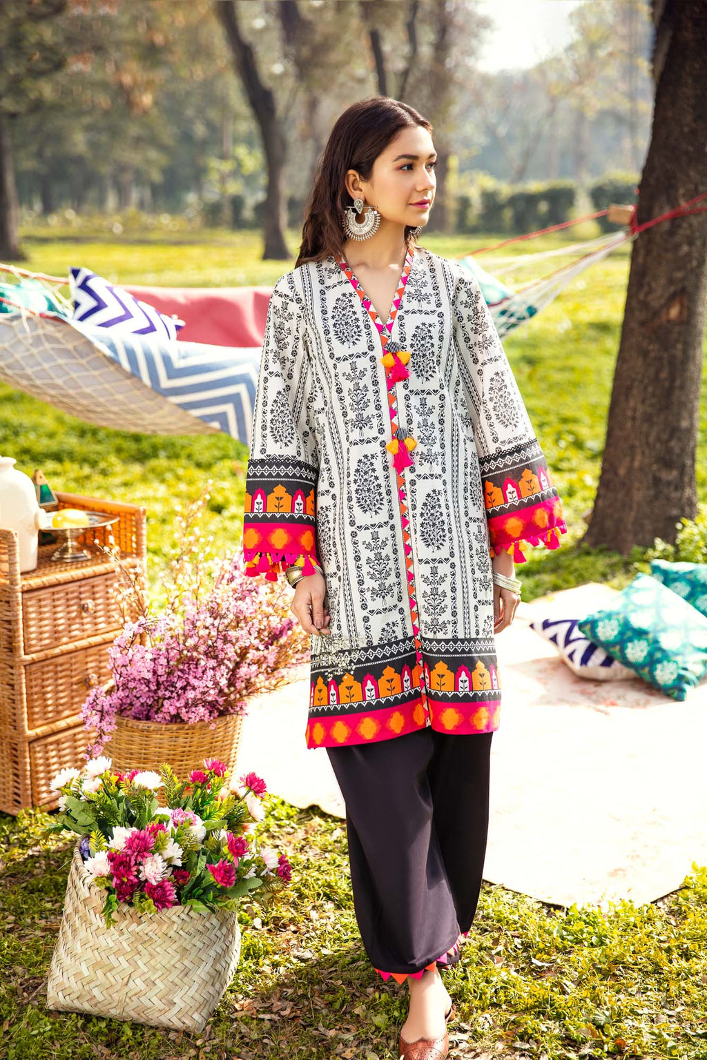 AMBER LIGHT (WUC101383) - Ethnic by Outfitters
