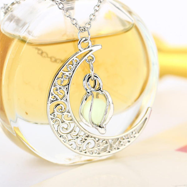 Glow In the Dark Crescent Shaped Pendant Jewelry - Fashion and Style777