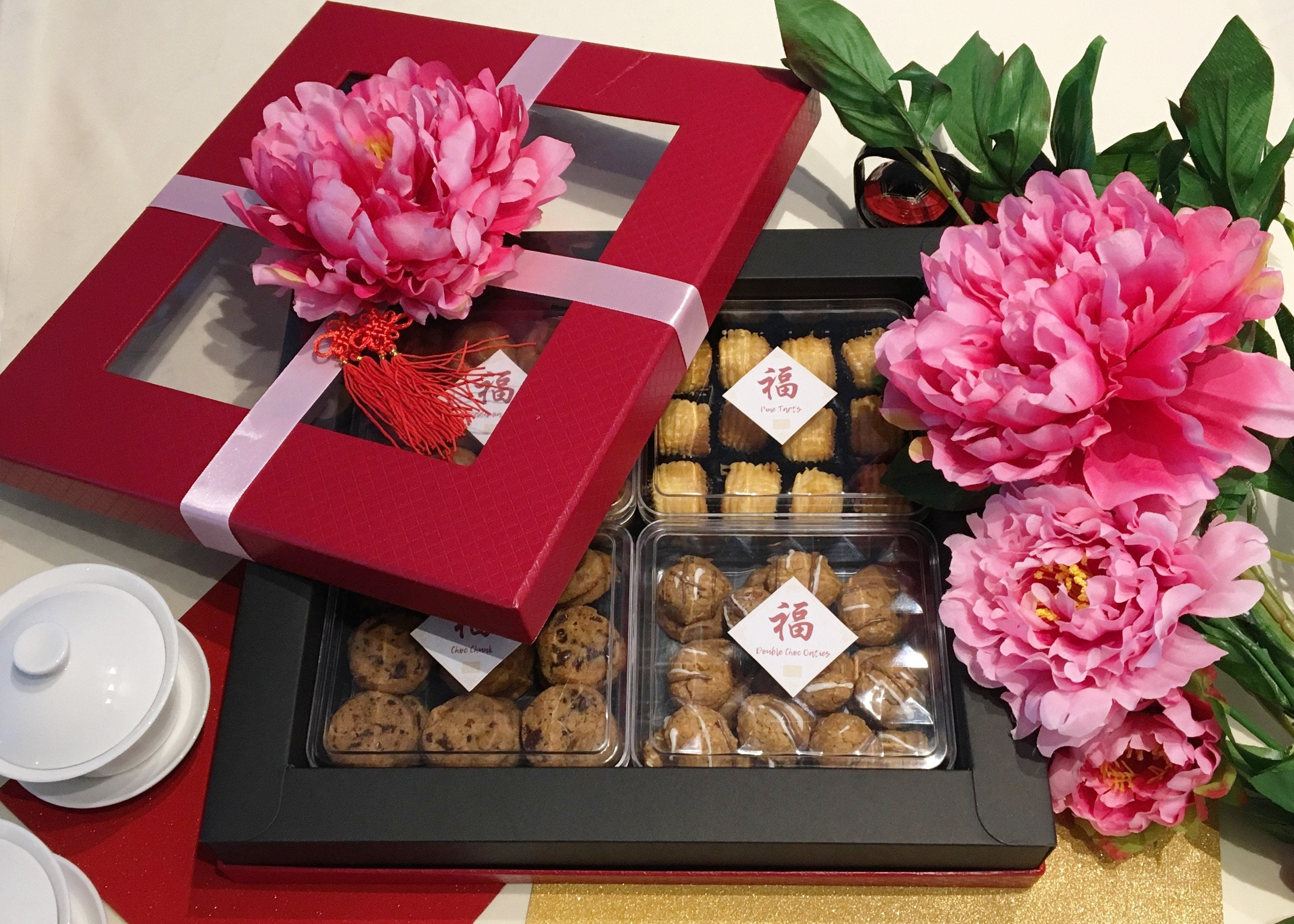The Shanghai Glam - Artisan Pastry Box, Macaron, Profiteroles, Petit Gateau, Eclair, Valentine's chocolate, Truffle, Chocolate, Little Black Pastry Box