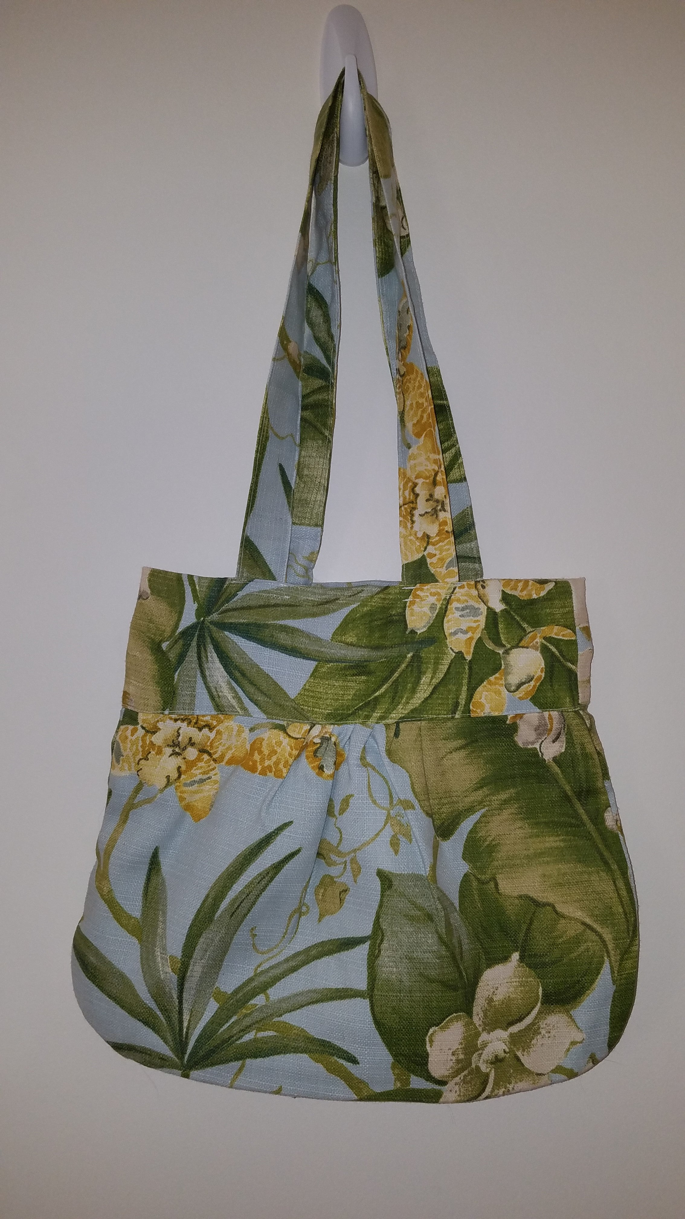 Handbag, Mid-sized,Blue and Green Floral