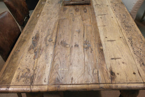 Jacaranda Teak Dining Table top close up