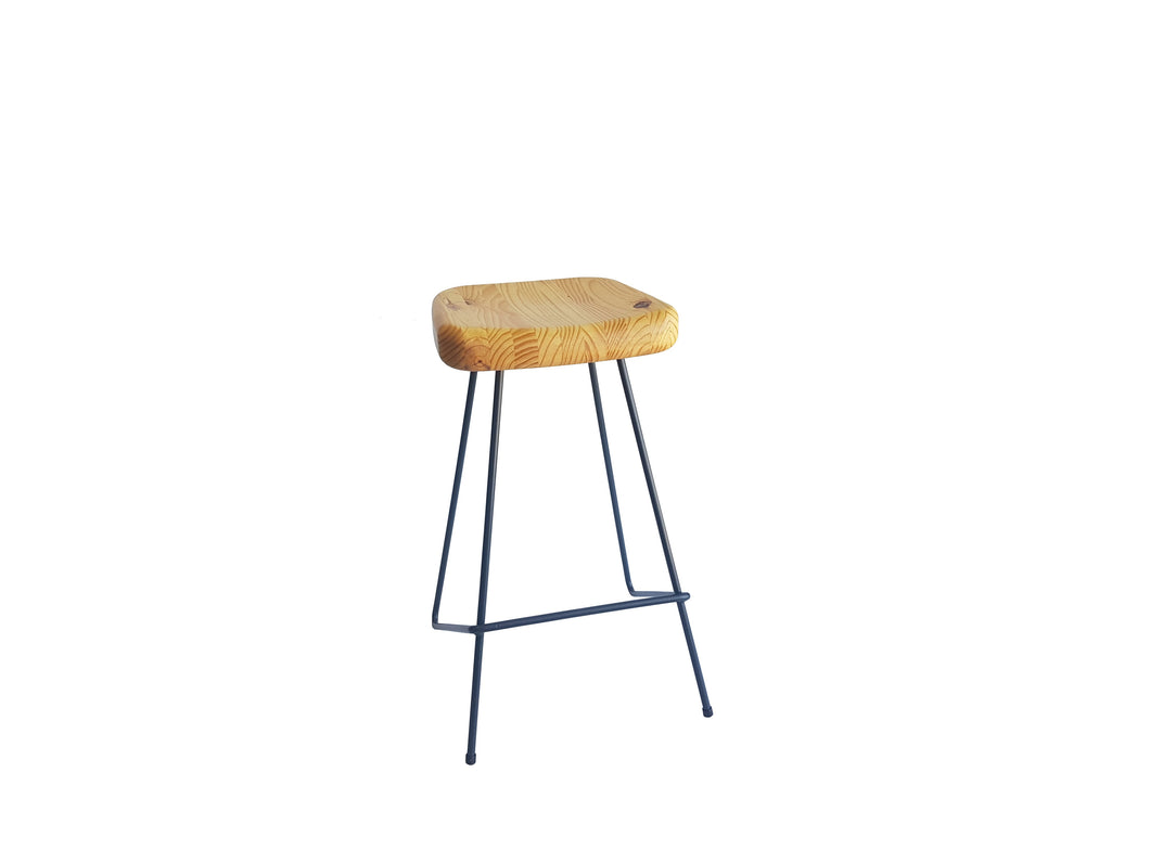 Metal Leg Barstool - Oval Wooden Seat