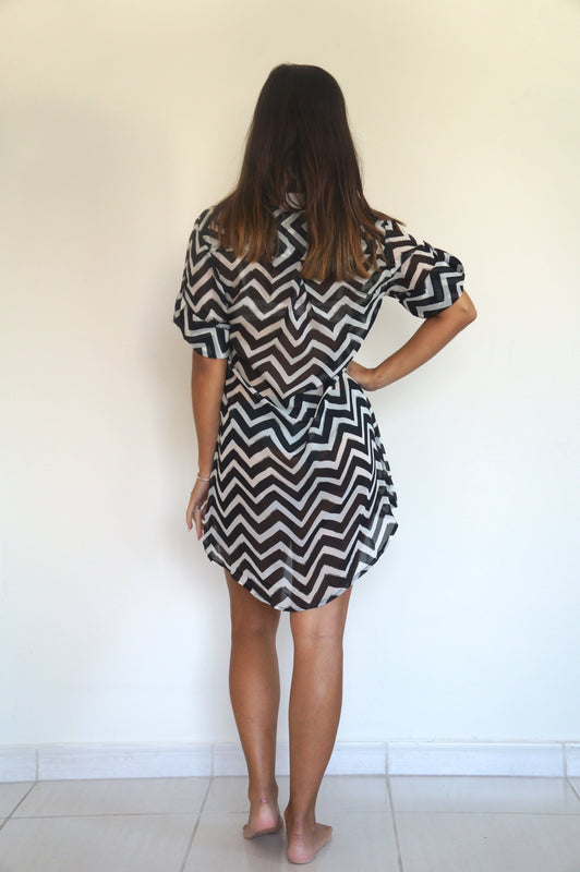 The Beach Shirt - Black and White Chevron