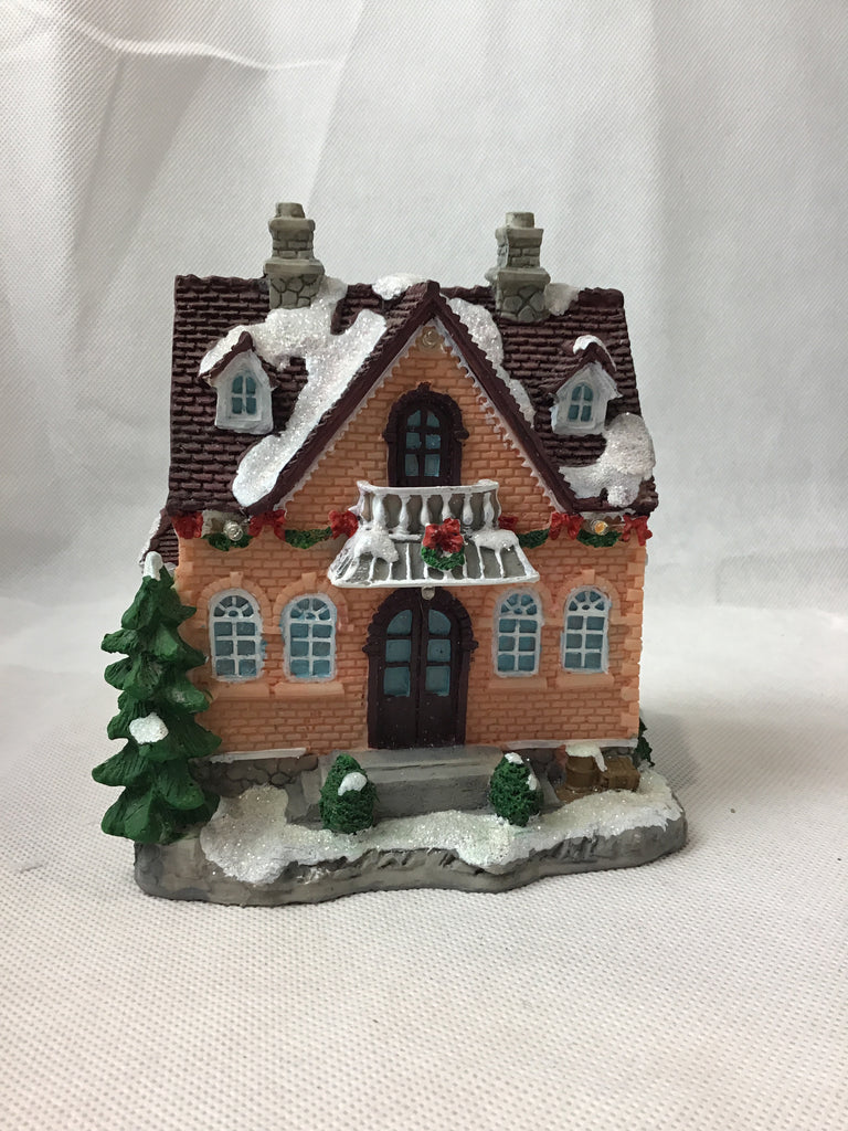 Christmas Polyresin House Scene 15cm