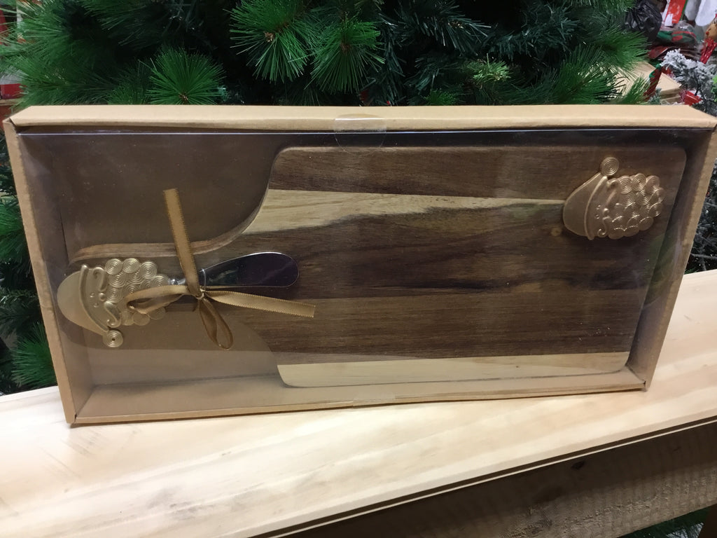 Christmas Wooden Cheeseboard 32cm