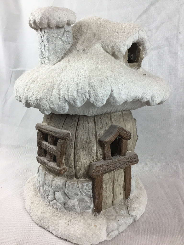 Christmas Round LED Natural Snowy Cottage Scene