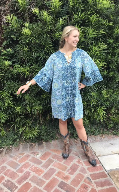 Adelaide Mini Kaftan Shift Dress | Sky Ink Sage Blooms - sueanu
