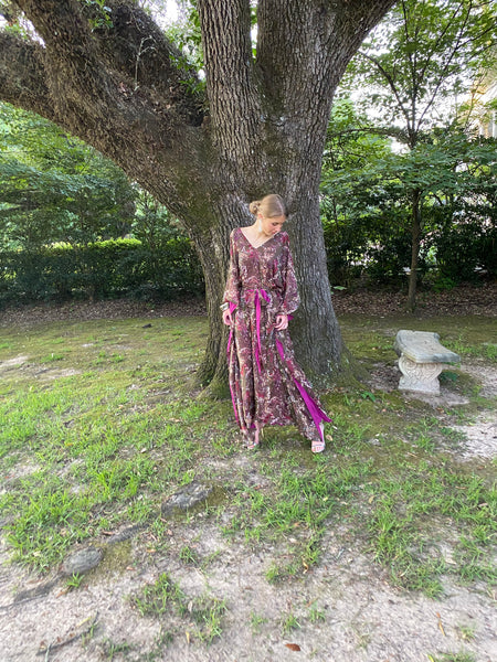 Lyford Hand~Loom Silk Chiffon Kaftan Dress | Thyme / Magenta