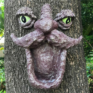 Resin Wild Bird Feeder Tree Face With Two Big Eyes Feeder Whimsical Tree Hugger Sculpture For Outdoor & Garden Decoration JSYS