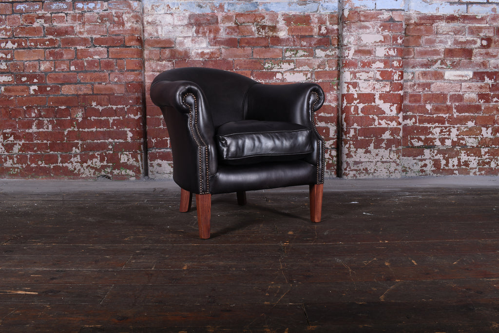Soho Chair in Premium Jet Black - £599 RRP 1476.06