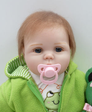 55cm Silicone Lifelike Bonecas Baby newborn realistic magnetic pacifier bebe reborn dolls