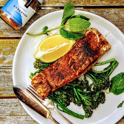 Spicy pan seared salmon & garlicky broccolini