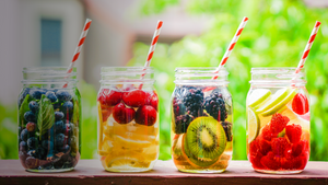 Fresh fruit drinks - intermittent fasting and exercise can help your health