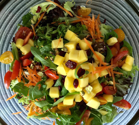 A crunchy and sweet salad