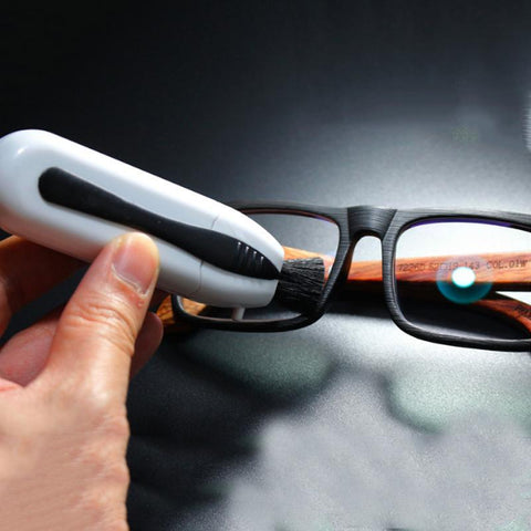 Image of Eyeglasses Cleaner With Invisible Carbon So You Can Flawlessly Clean Your Lenses 500 Times...