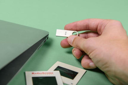How to Access Thumb Drive Files