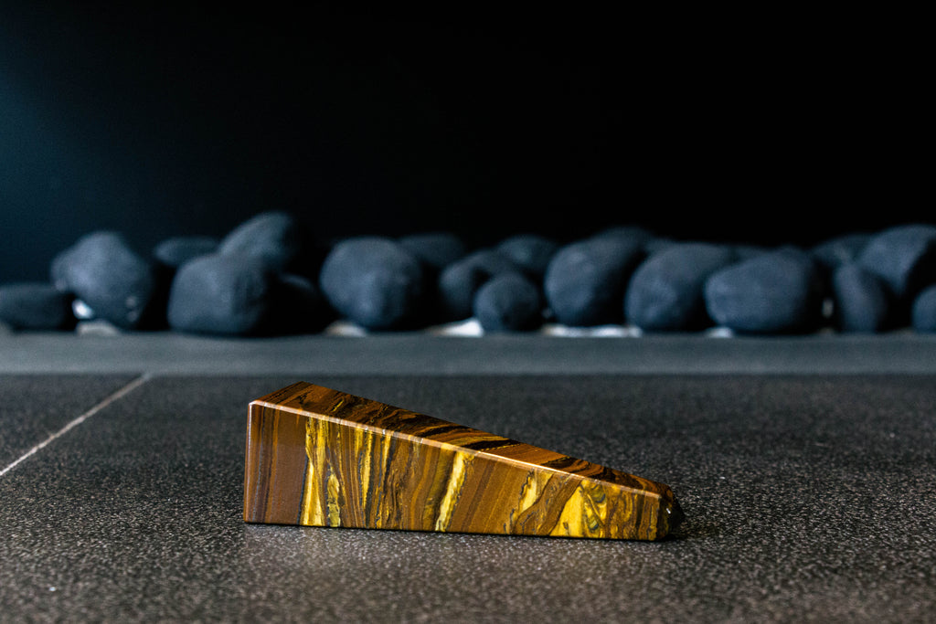 Tiger Eye Obelisk