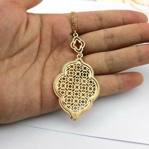 """Marrakesh Lantern"" Filigree Necklace - Gold"