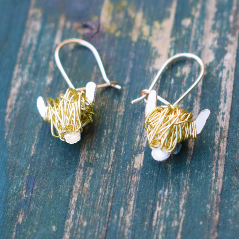 gold highland cow earrings, gold highland cow jewellery, highland coo earrings