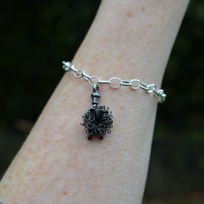 Silver black sheep charm - FreshFleeces, sheep jewellery, sheep jewelry, black sheep charm, black sheep bracelet, black sheep gift for her, black sheep jewellery, black sheep jewelry, black sheep present, unusual black sheep gift