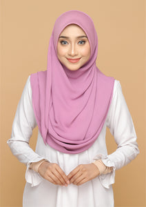 Nayla Basic in Dusty