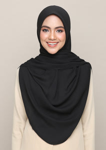 Lakia Bawal Instant in Always Black