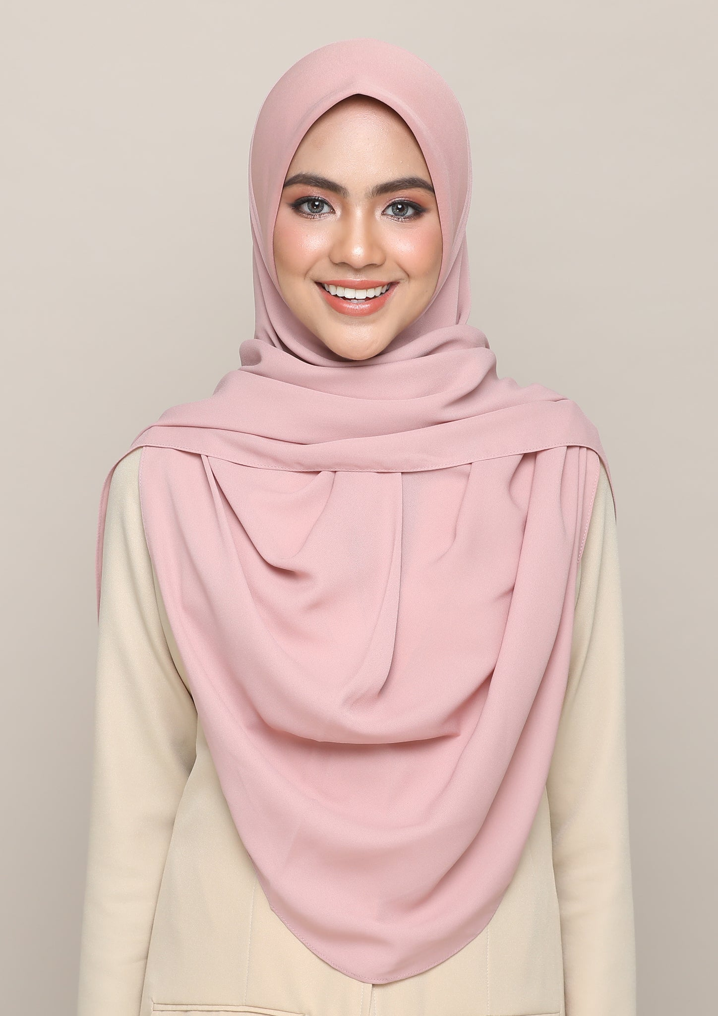 Lakia Bawal Instant in English Rose