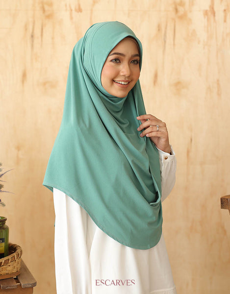 Maryam Ironless in Mint Leaf