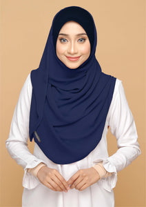 Nayla Basic in Dark Navy