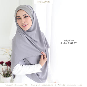 Nayla Basic in Cloud Grey