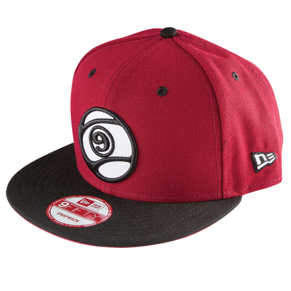 9 BALL SNAPBACK - RED