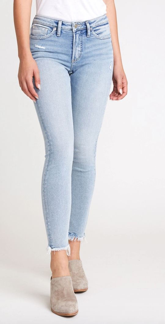Most Wanted Mid Rise Skinny Jean by Silver PLUS 29""