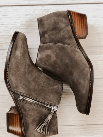 Vionic Serena Ankle Bootie