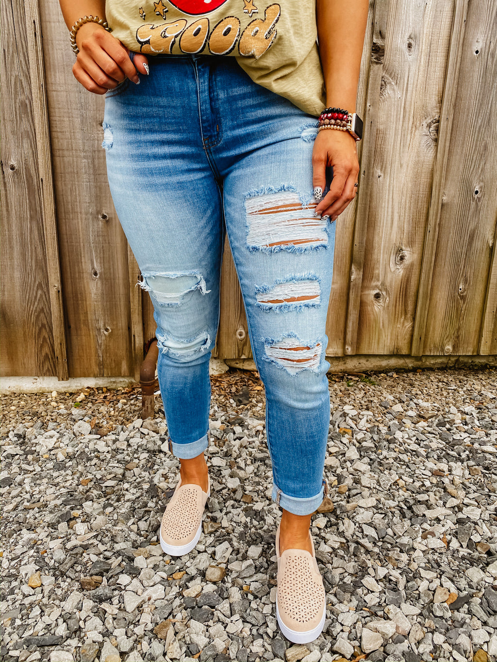 The Clair Distressed Jean by Kancan