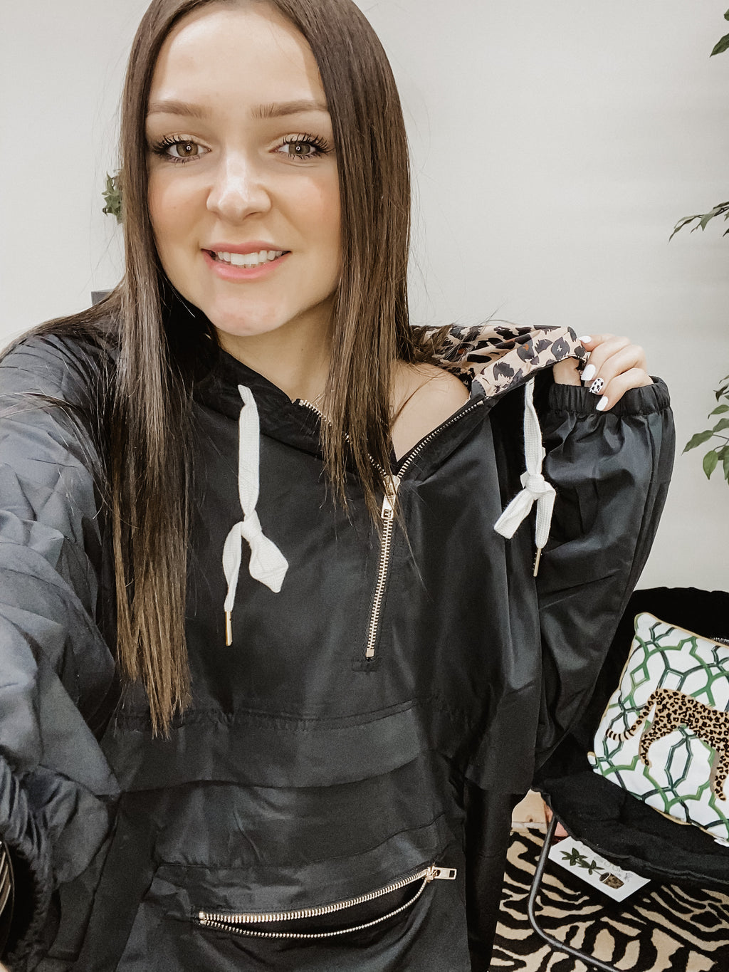Lovin' it Leopard Windbreaker BLACK