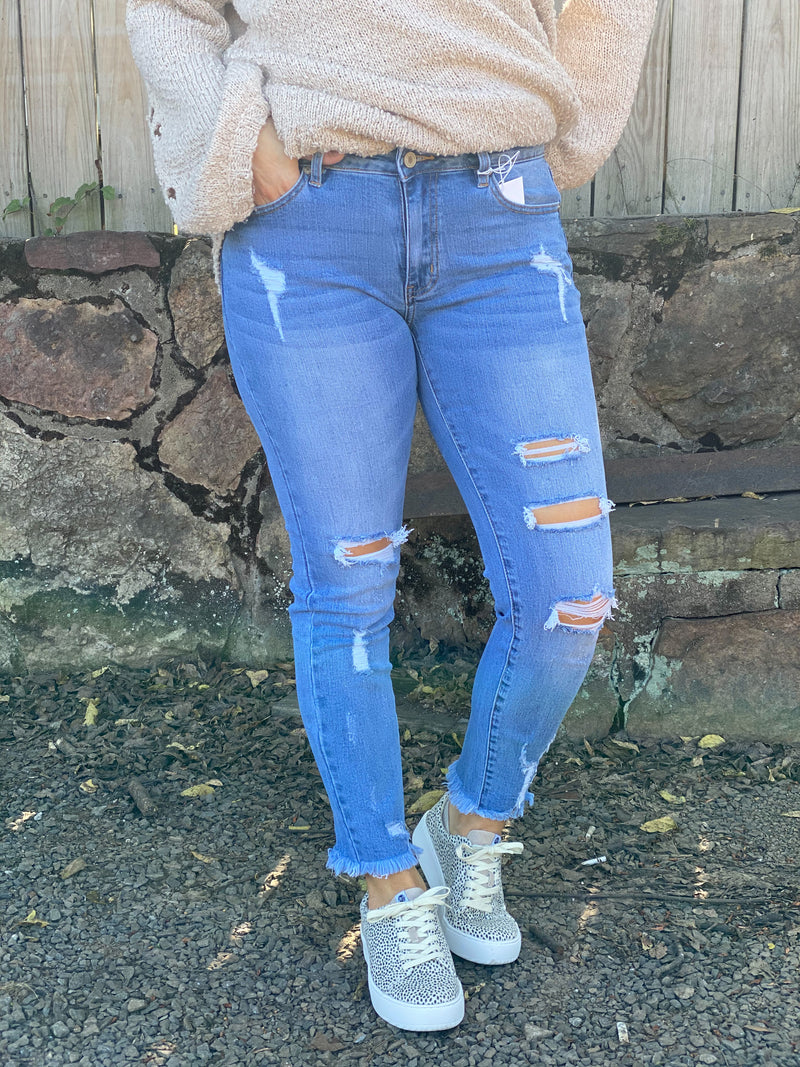 The Becca Distressed Jean By Kancan