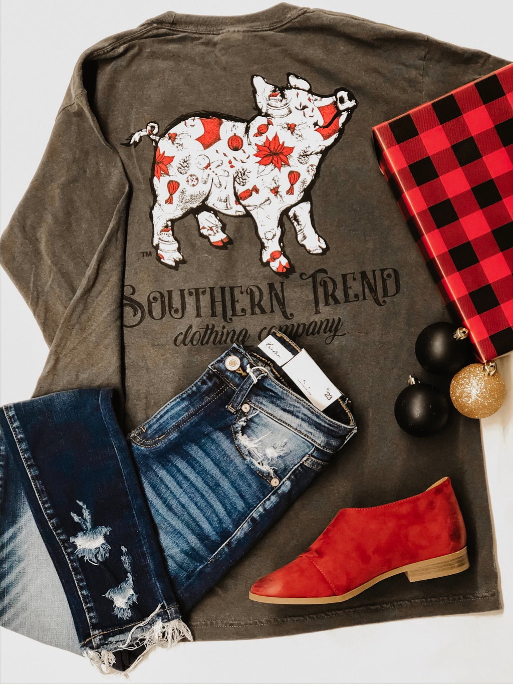 Southern Trend Holiday Cheer Pig Long Sleeve T-Shirt