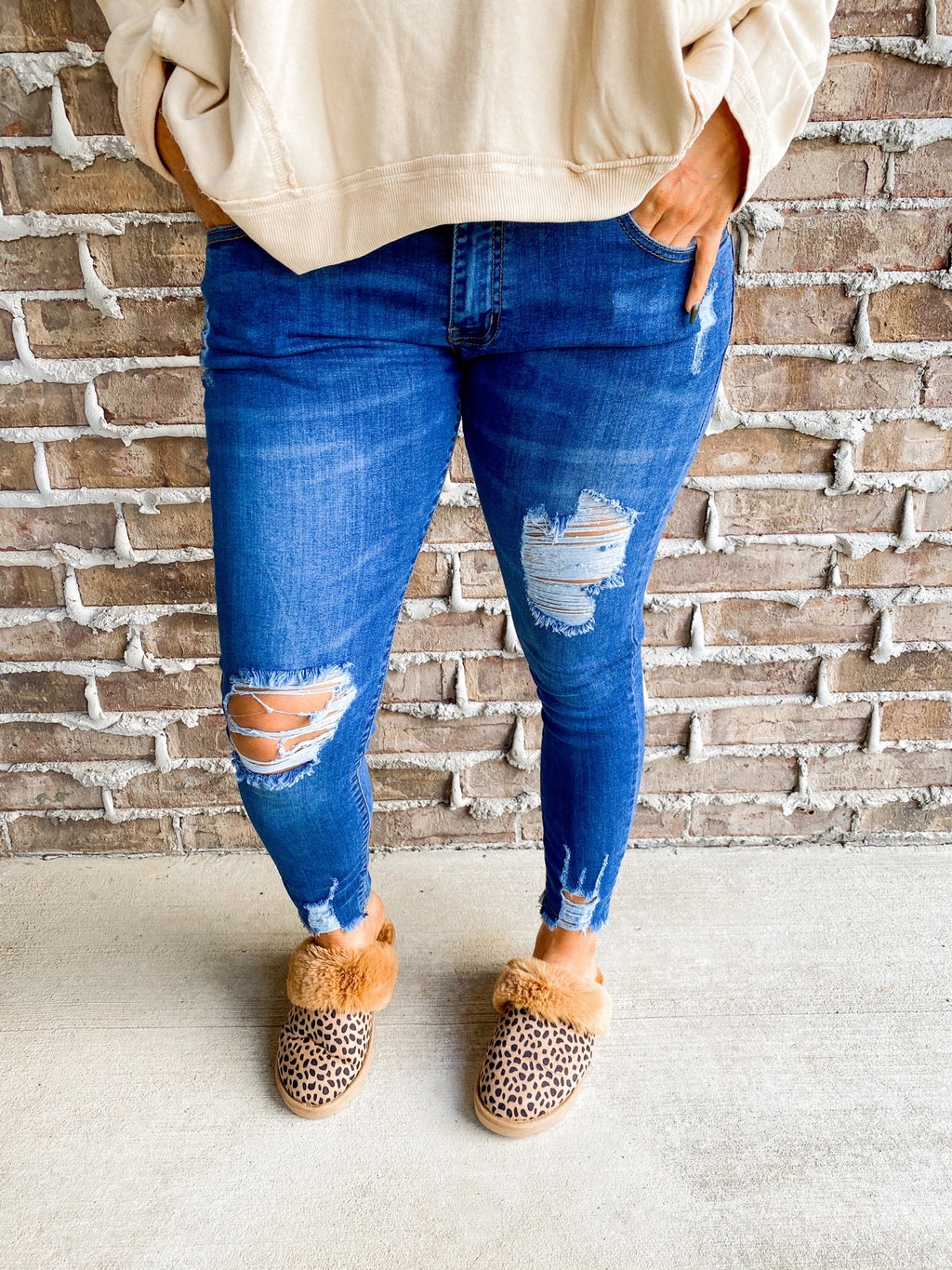 Courtney Low Rise Jeans By New Vintage