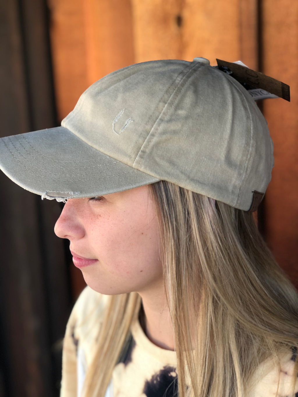 Distressed Ladder High Ponytail CC Ball Cap KHAKI