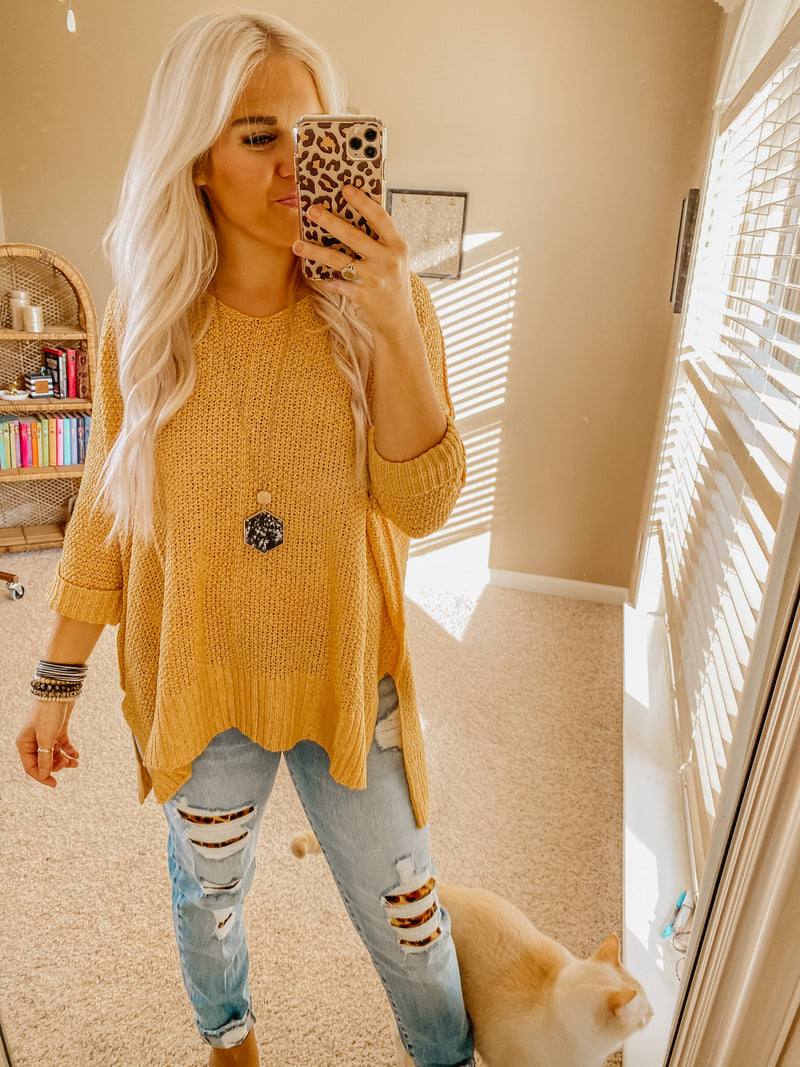 Fall Favorite Onesize Sweater HONEY