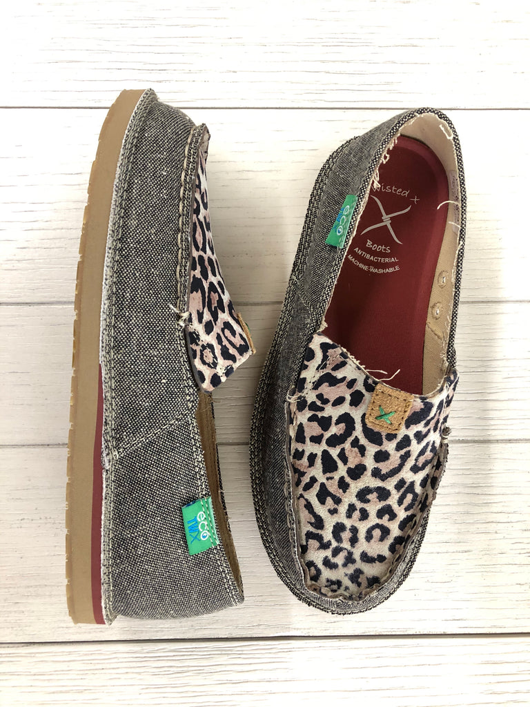 Women's Twisted X Slip on Loafer Leopard