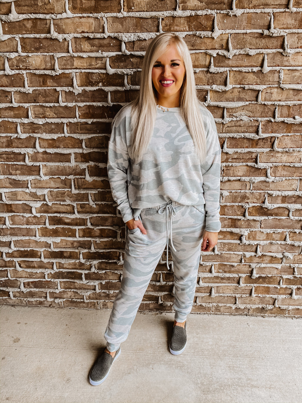 On My Mind Camo Sweatshirt OATMEAL
