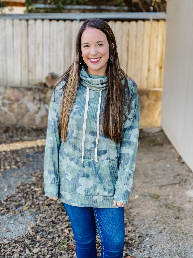 By Your Side Camo Pullover OLIVE