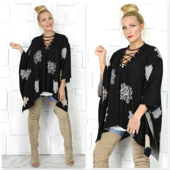 Lace Up Detailed Poncho-Sweater-Moda Me Couture
