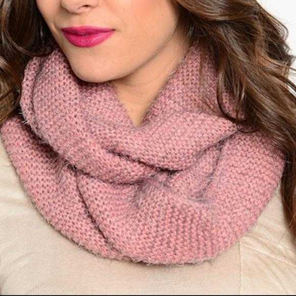 Soft & Cozy Mauve Infinity Scarf-Accessories-Moda Me Couture