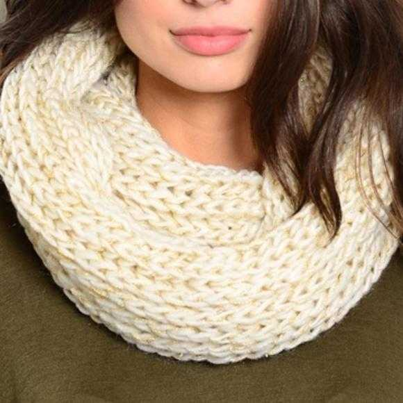 Cream Knit Infinity Scarf-Accessories-Moda Me Couture