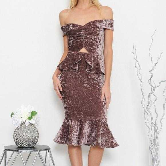 Stunning Velvet Dress-Dress-Moda Me Couture ®