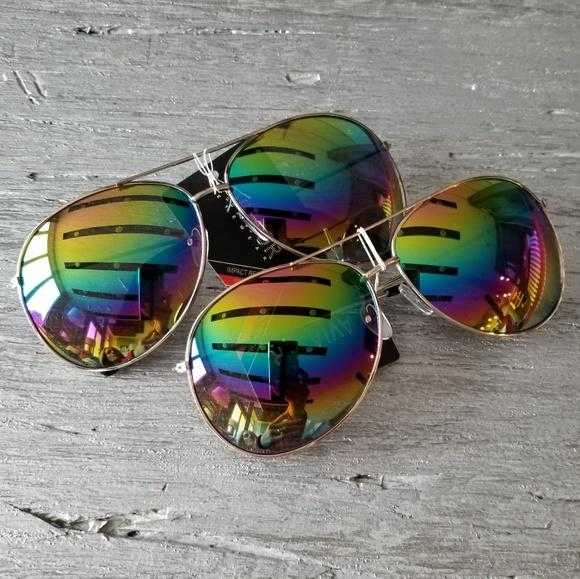 AVIATOR RAINBOW LENSE SUNGLASSES