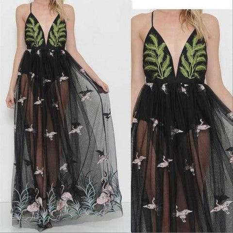 IVY Embroidered Maxi Dress | MODA ME COUTURE