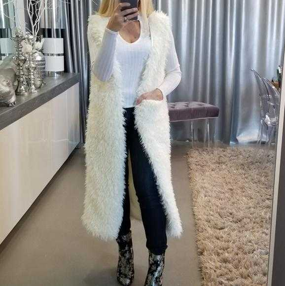 FULL LENGTH CREAM FAUX FUR VEST | MODA ME COUTURE